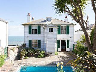 Regency+Beach+House+-+eine+Hütte,+die+16+Gäste+in+4+Schlafzimmer+ ...