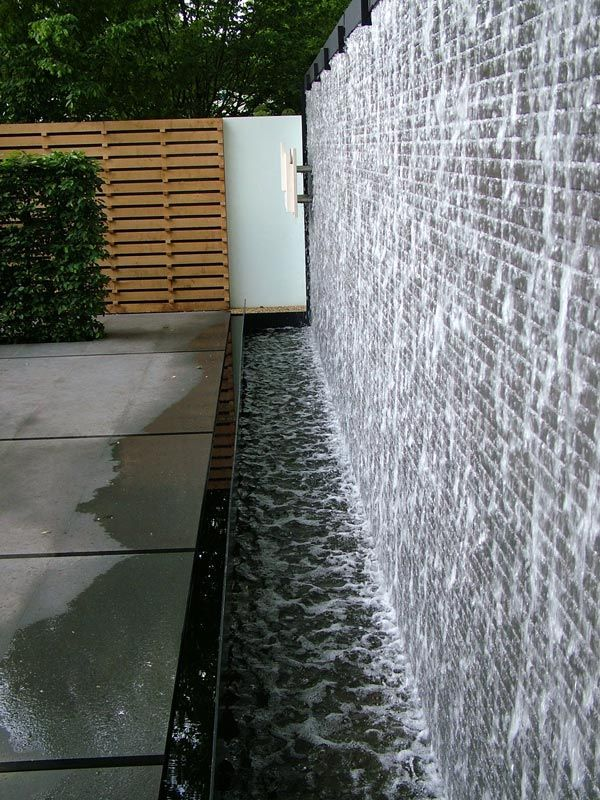 Diy Water Wall Feature Backyard Design Ideas Water Wall