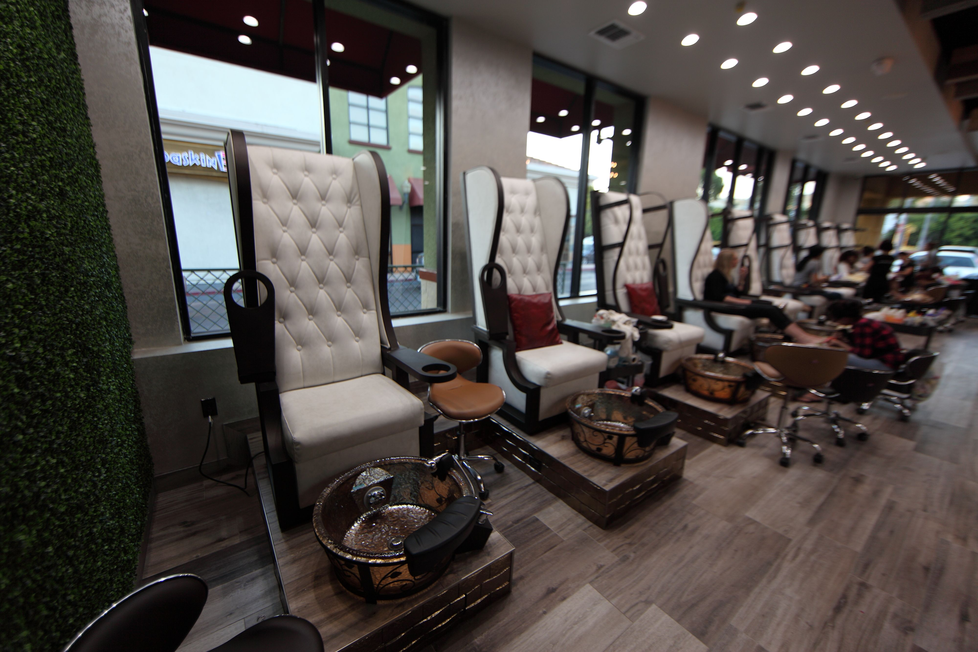 Nail Garden in Studio City, CA with Lenox GS.   Salons with J&A ...