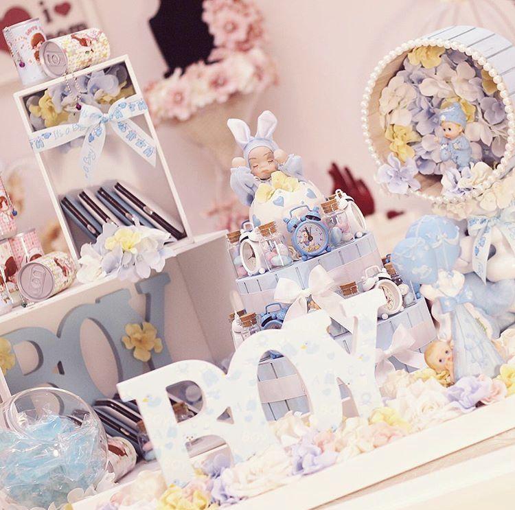 توزيعات مواليد عبارة عن ساعات وعلب مناديل معطرة ومحافظ العناية بالأظافر وصابون على شكل مواليد وعلب Birthday Balloons Baby Shower Gifts Wedding Favor Boxes