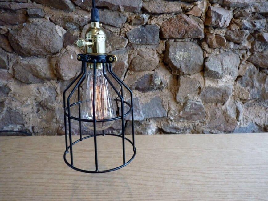 Moderne Lampen 93 : Diese hängenden lampen verfügt über einen dimmer messing knopf auf