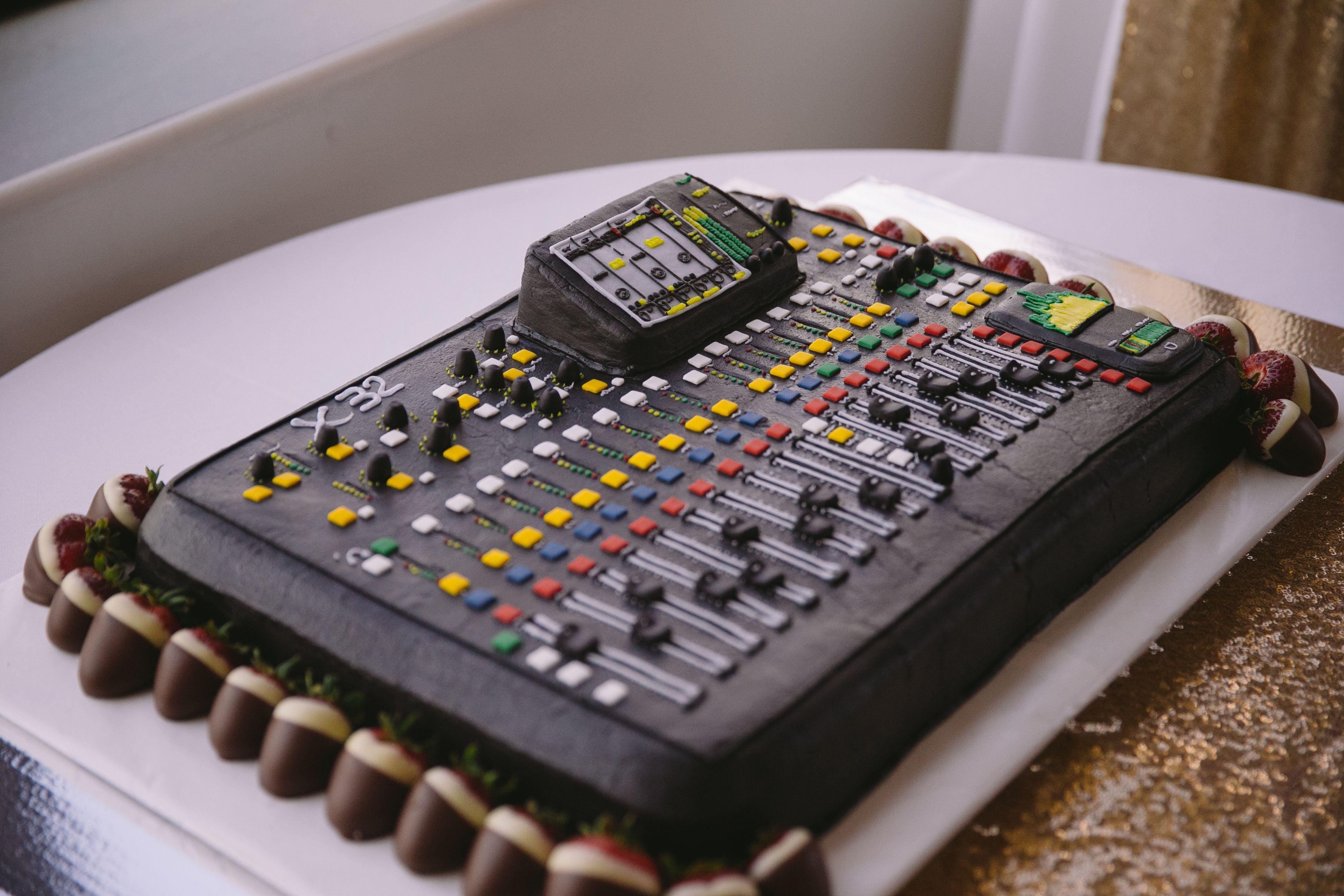 dj soundboard grooms cake evan godwin photography julius party
