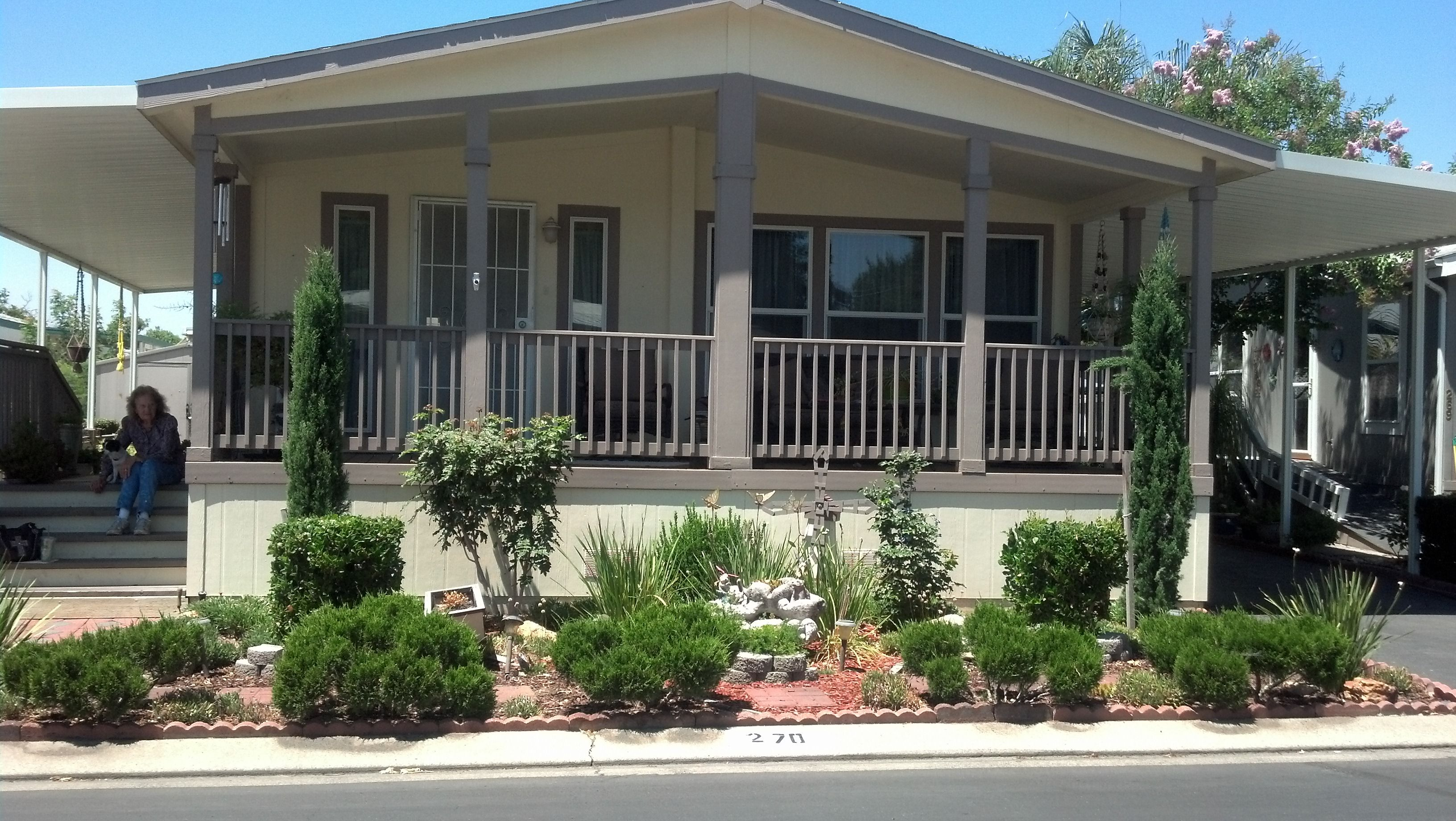 2009 Manufactured Home In Friendly Village 55 Park In Modesto Ca