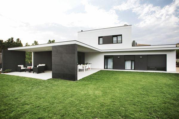 by hormipresa girona architecture interior exterior design pinterest h uschen. Black Bedroom Furniture Sets. Home Design Ideas