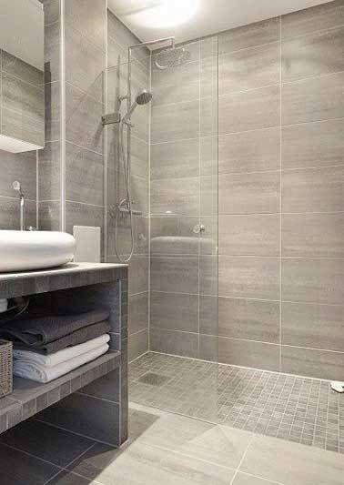 Douche à l\u0027italienne avec carrelage imitation bois et grès Maison