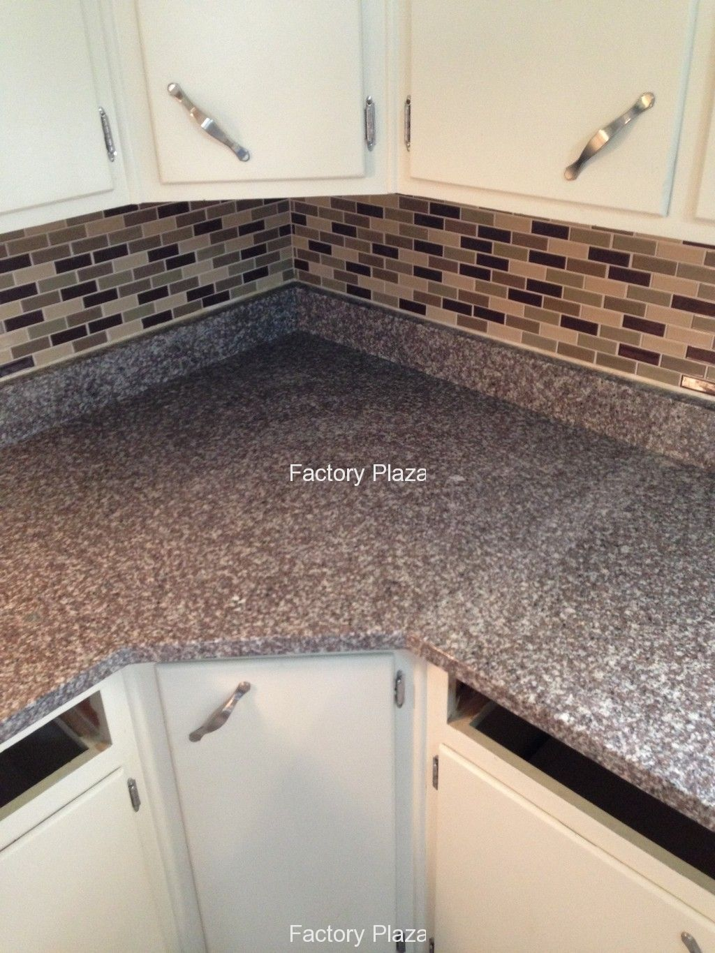 Laminate Kitchen Backsplash Bainbrook Brown Granite Countertops In Kitchen Bainbrook