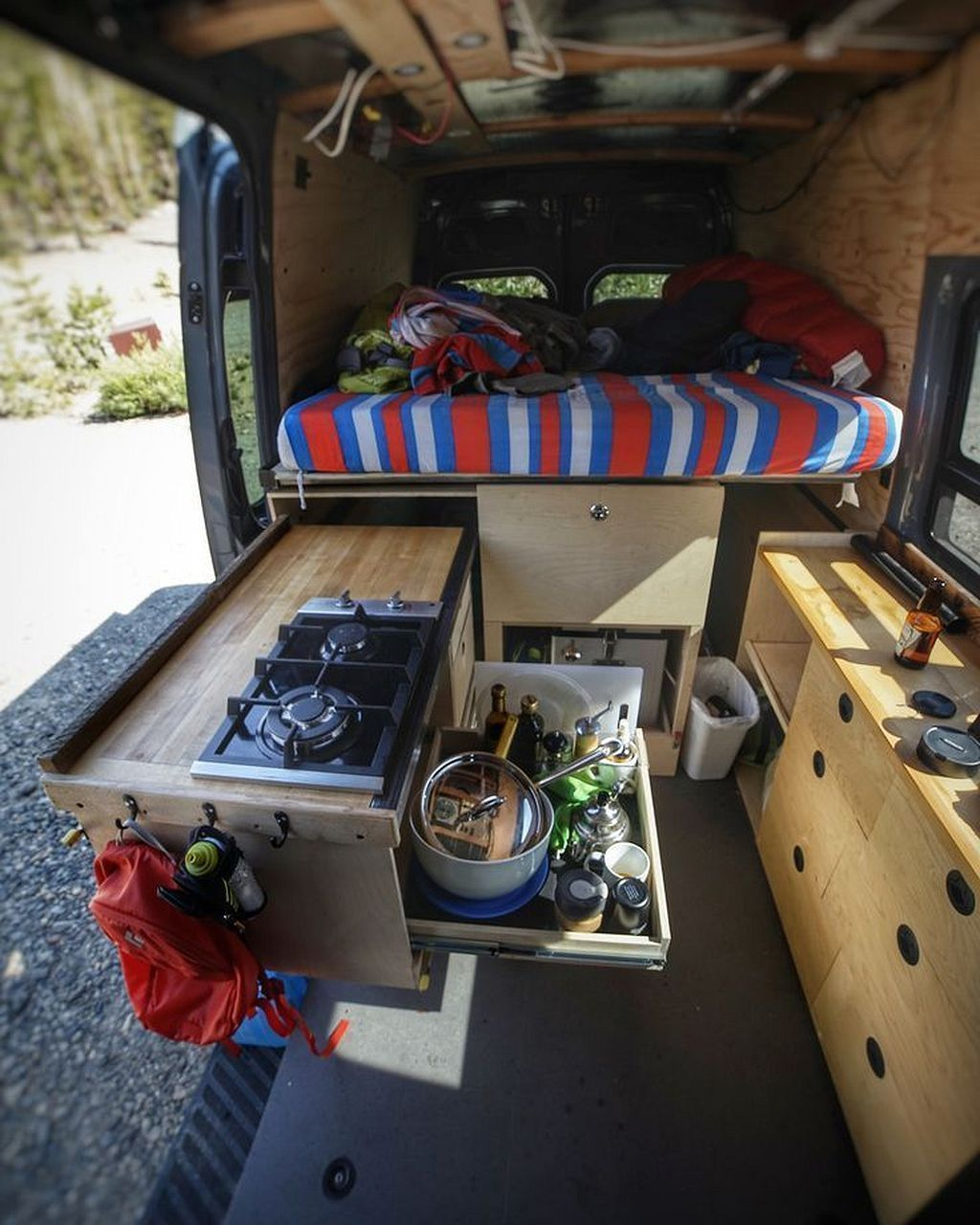 Photo of 11 Camper Van Bed Designs For Your Next Van Build – Style #bed #Build #camper …