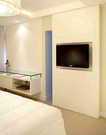 Porta De Correr Quarto / Closet Com TV Embutida