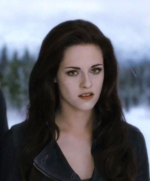 Kristen Stewart S Goth Glam Breaking Dawn Part 2 Look See The Pics Twilight Movie Twilight Breaking Dawn Breaking Dawn