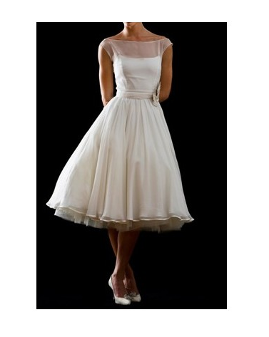 this is nice.. I would want to see this on me or something like this    http://www.vintagebridalapparel.com/vintage-wedding-gowns/506-elegant-vintage-bateau-neckline-chiffon-bridal-dress.html