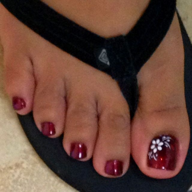 32213 Did With Dark Pink And Added Diamond Nail Art Designs
