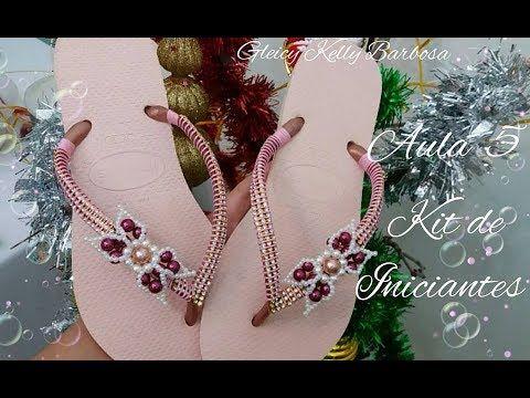6526b1ea72 Chinelo decorado com fio e lacinho de pérolas -Aula 4 Kit iniciantes ...