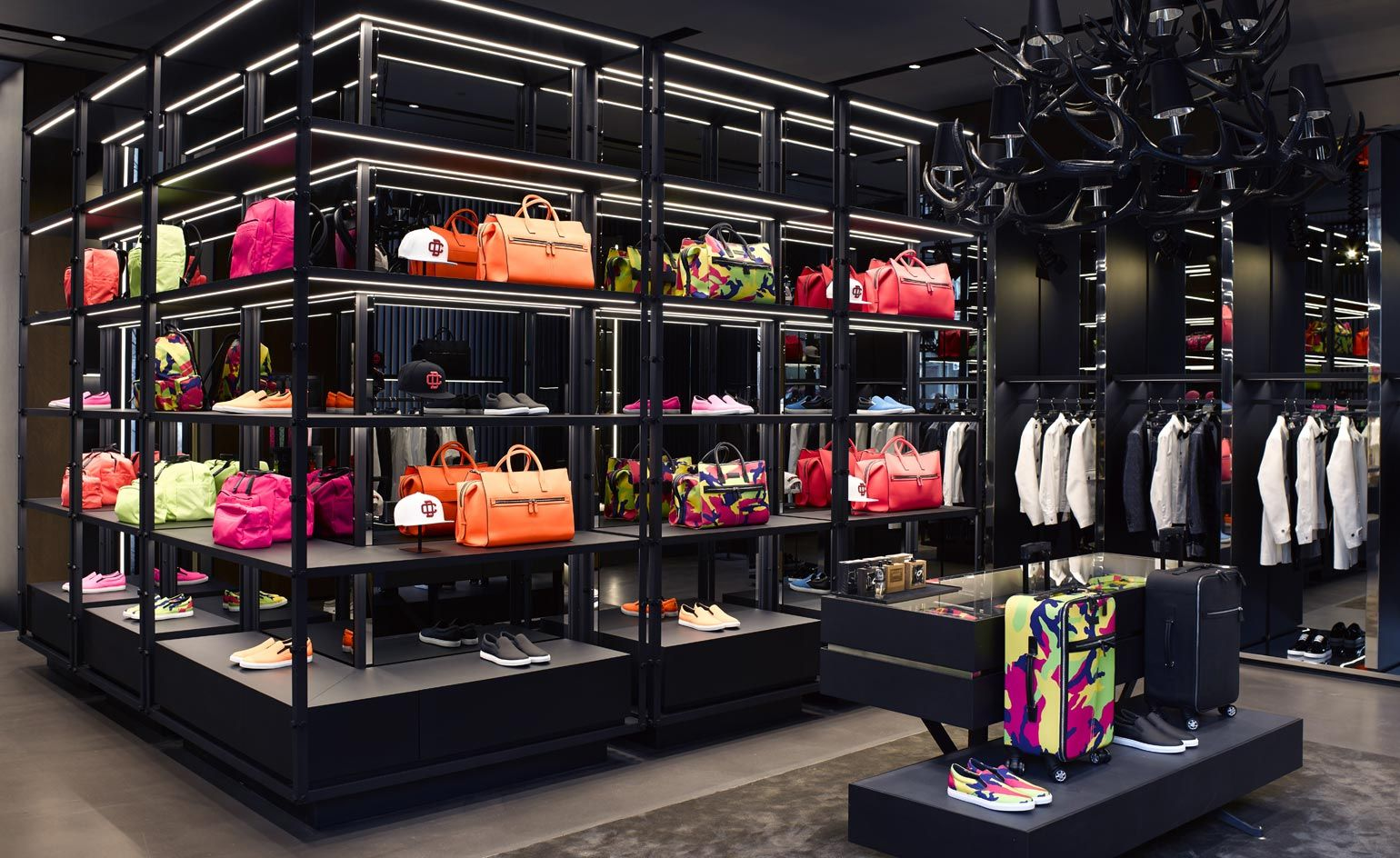 dsquared2 factory outlet milano