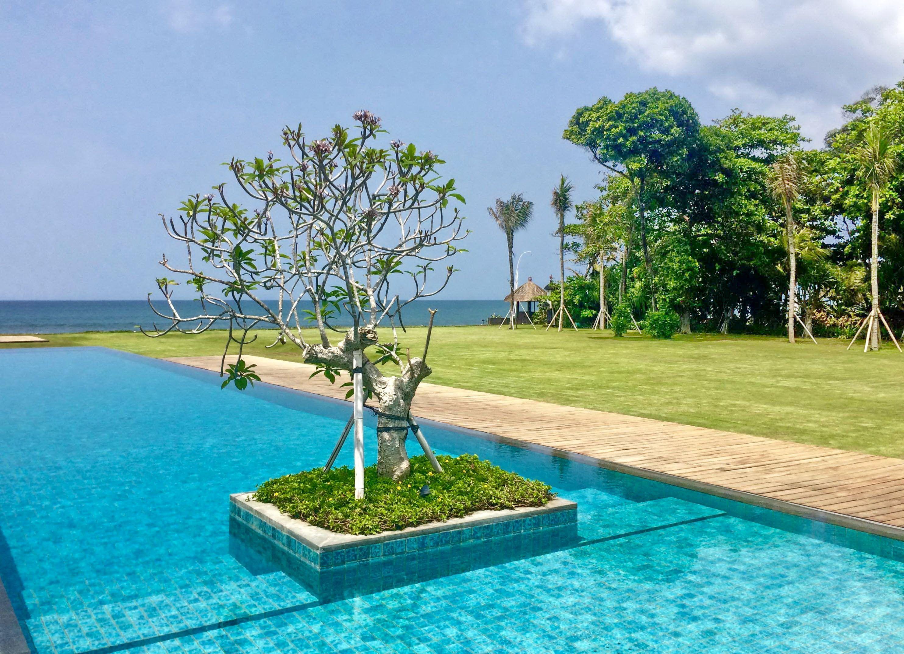 Villa Ombak Biru | 6 bedrooms | Seminyak | near mozaic beach club ...