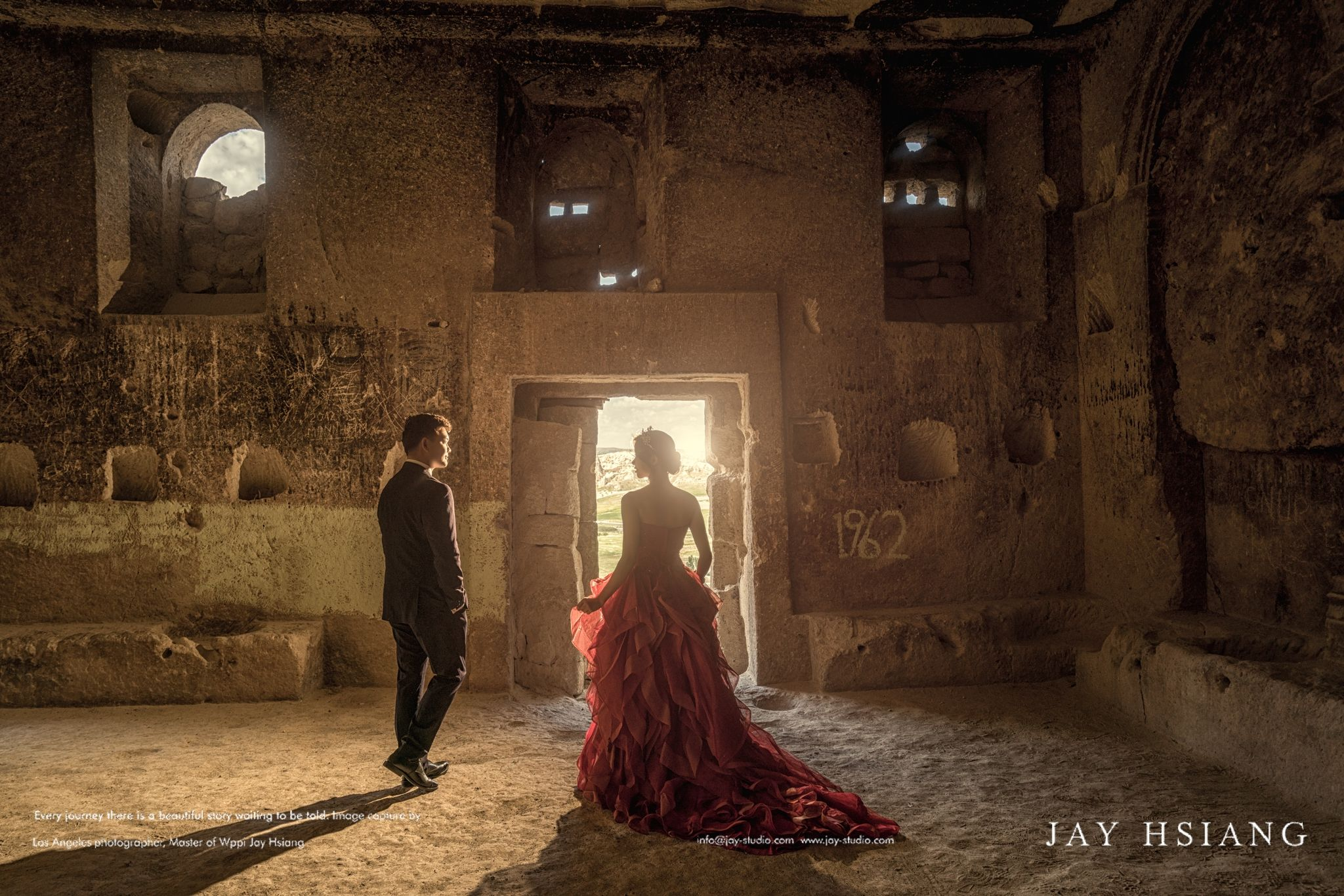 Pre Wedding Photoshoot In Cappadocia Turkey With Images Wedding Photoshoot Pre Wedding Photoshoot Pre Wedding