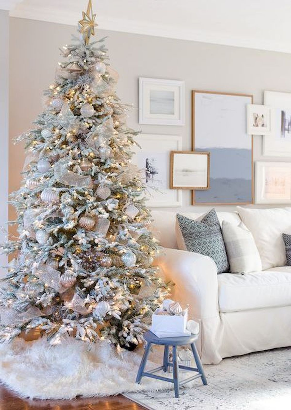 42+ Gold flocked christmas tree ideas in 2021