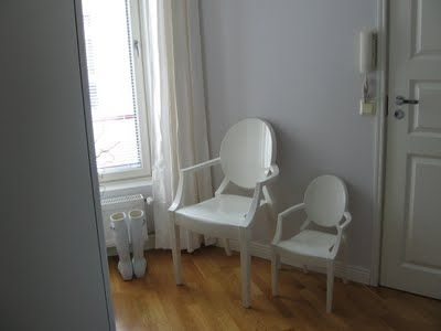 Kartell Louis Ghost & LouLou Ghost chairs
