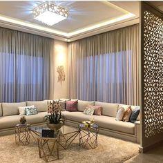 Salon Marocain Moderne 2020 2021 Tout D Abord Nous Vous Souhaitons La Bienvenue Sur Ce Luxury Living Room Living Room Design Decor Ceiling Design Living Room