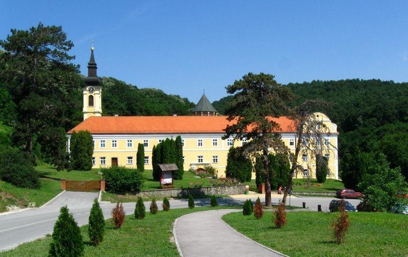 Manastir Hopovo
