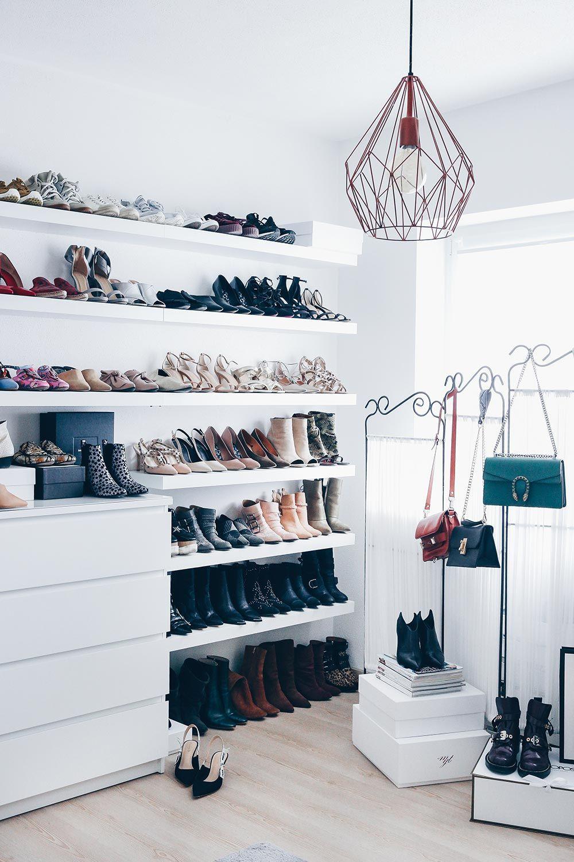 Meine Schuhwand im Ankleideraum | Schuhwand, Schuhaufbewahrung und ...