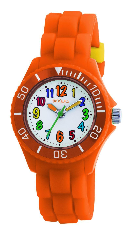 Wat mooi, dit oranje horloge van het populaire merk Tikkers. Door de gekleurde cijfers extra vrolijk.