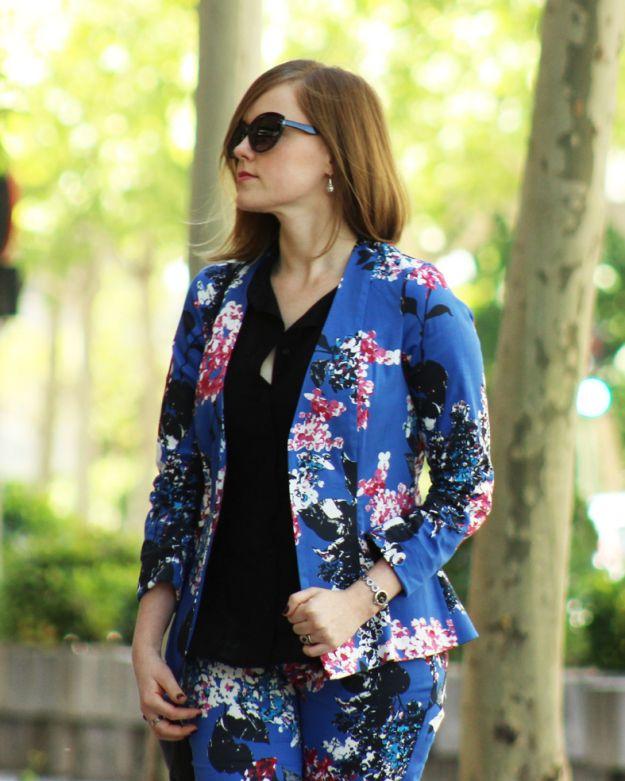 patrones gratis y tutorial para chaqueta y pantalón estampado
