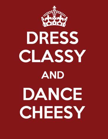 최근들어 다시 주목받고 있는 'keep calm and carry on' 포스터를 싸이 '강남스타일' 콘셉트 관련된 메시지로 패러디한 멋진 이미지네요 :)  Words to live by: Dress Classy, Dance Cheesy! - Gangnam Style (PSY)