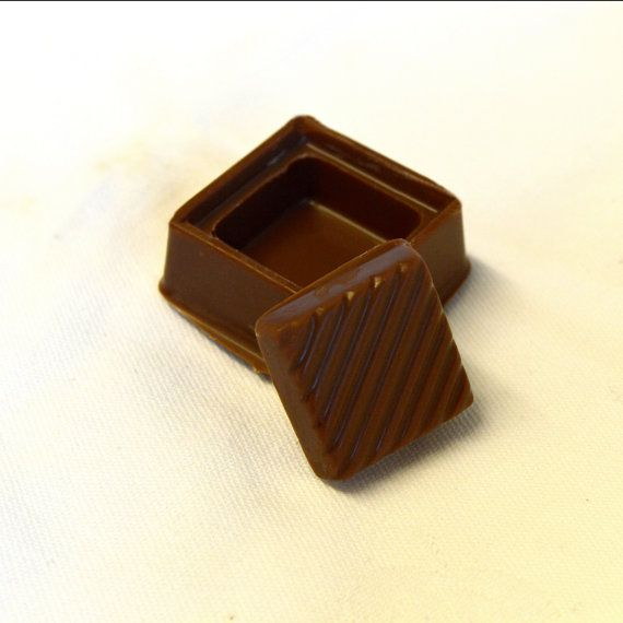 Thinking of proposing? Why not choose a cute and quirky way to do it with a unique, handmade chocolate ring box complete with sweety gummy ring. There's always the added bonus that if they say no you can eat the evidence! #love