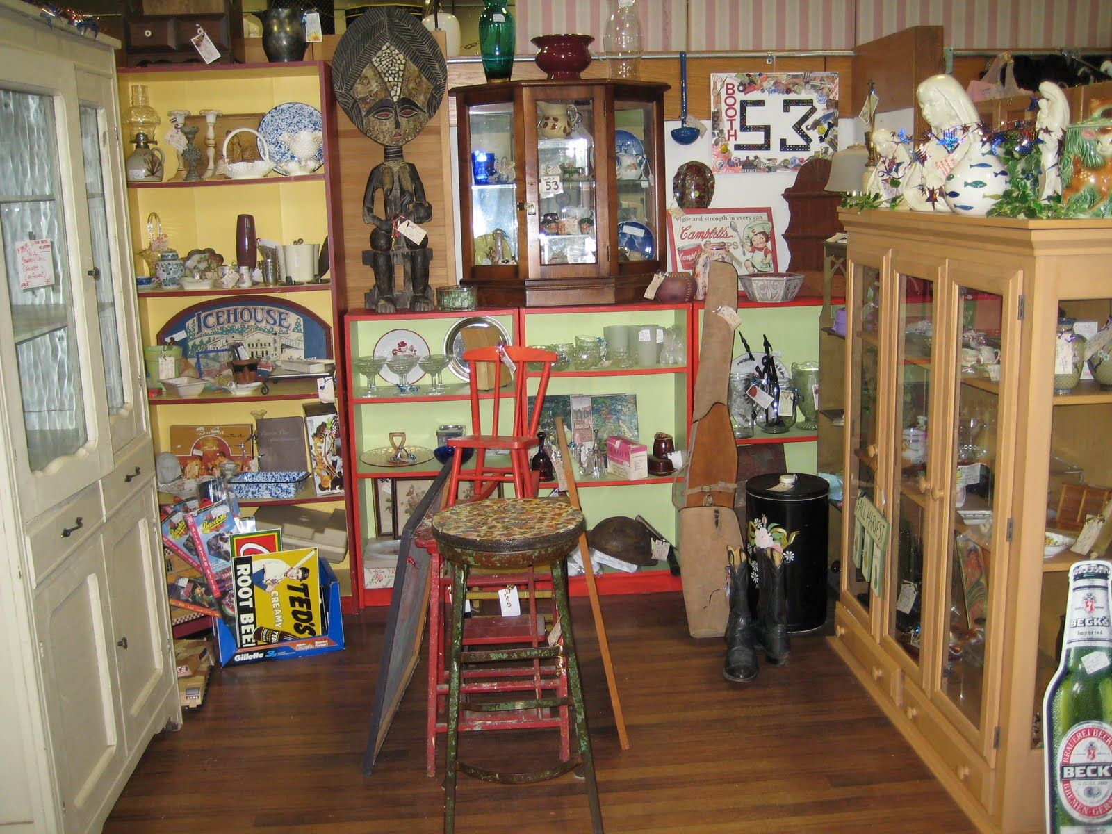 Antique Mall Booth Display Ideas