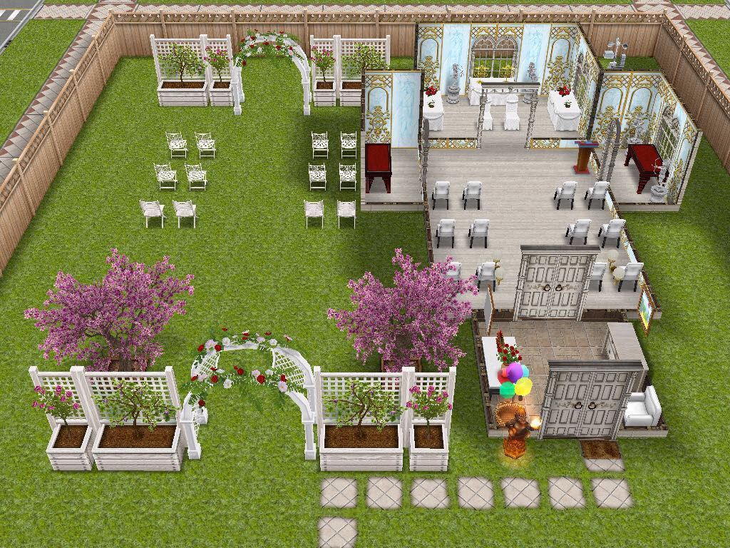 Cute Church Idea I Love The Outside Service Area Sims Freeplay Houses Sims Covet Fashion Games