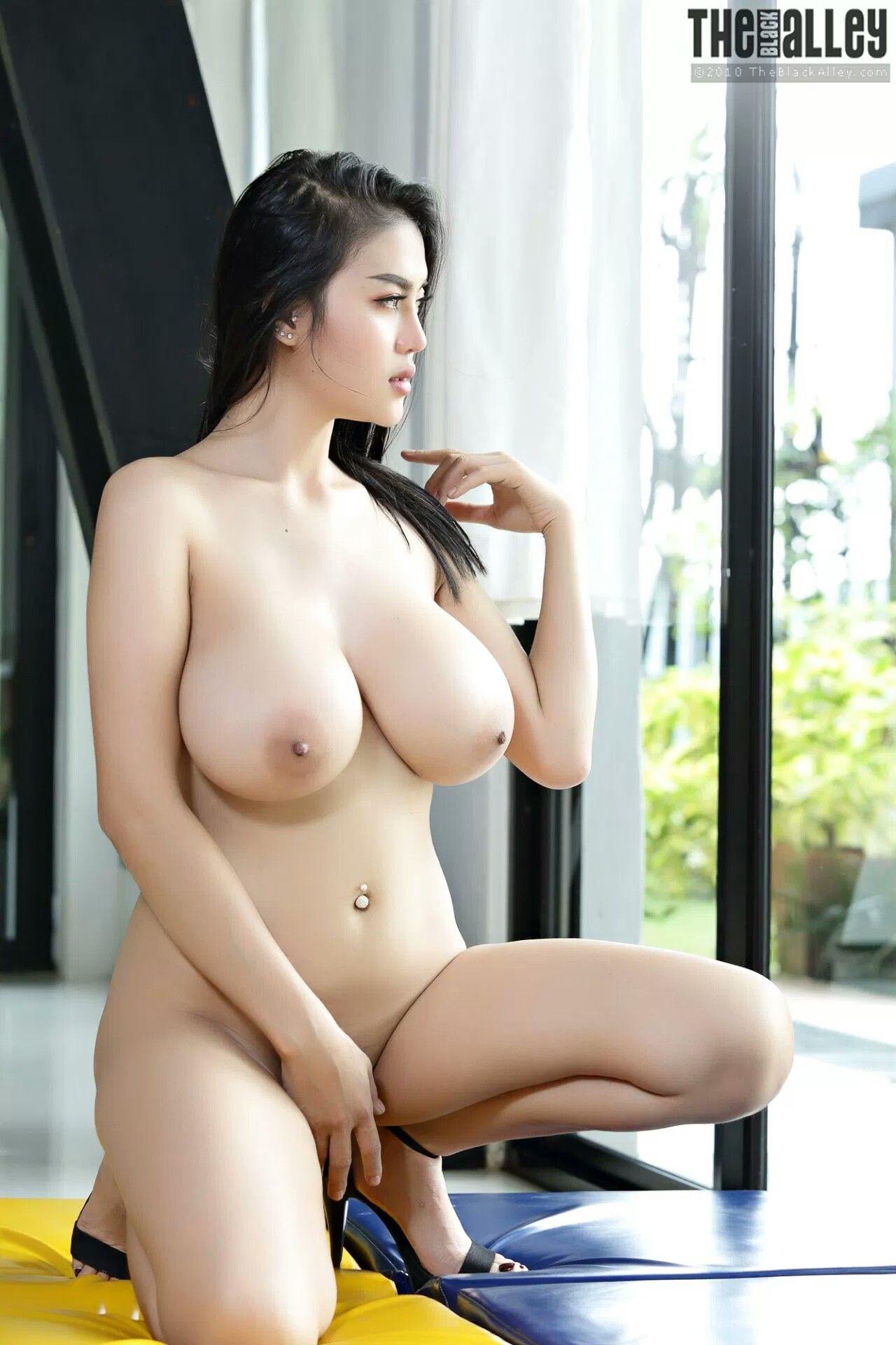 Danielle panabaker naked