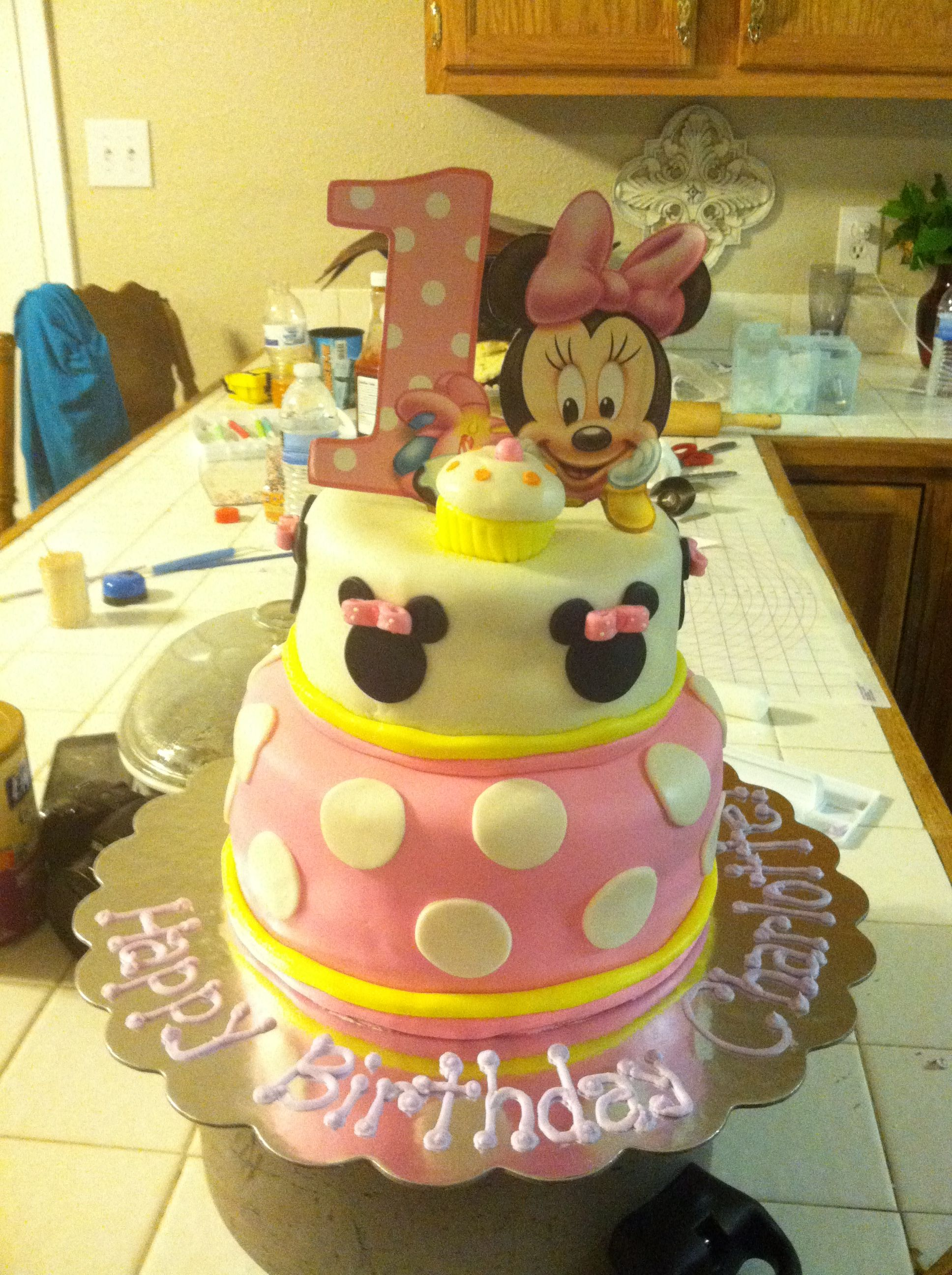 Wondrous Baby Minnie Mouse 1St Birthday Cake With Images Birthday Birthday Cards Printable Riciscafe Filternl
