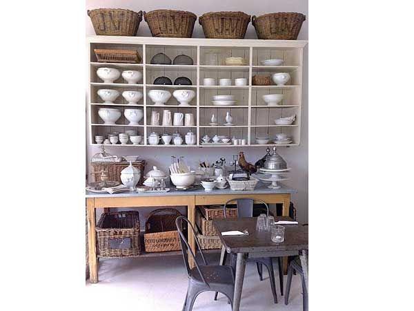 un rangement cuisine d co m me sans placards meuble casier casier de rangement et tables de. Black Bedroom Furniture Sets. Home Design Ideas