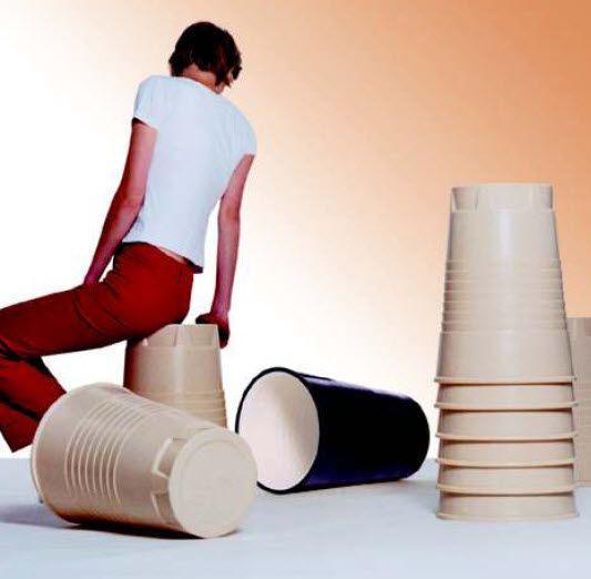 tabouret design pop empilable QOFFEE by Rainer Spehl  Artificial jürgen j. burk