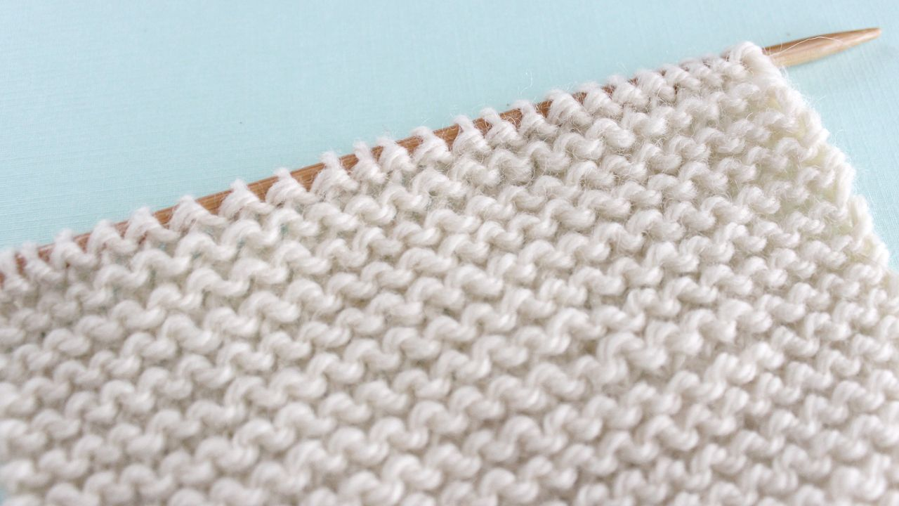 How to Knit the GARTER Stitch Pattern with | Dish cloth | Pinterest