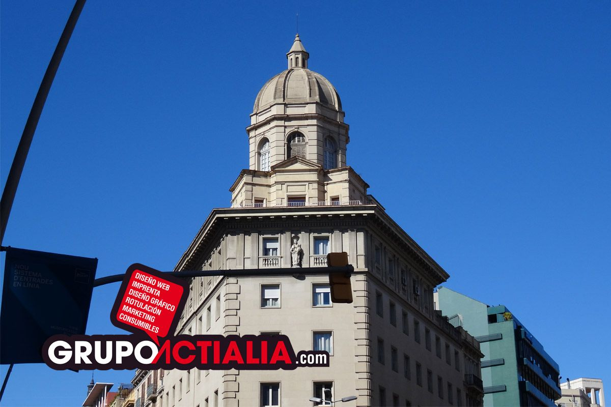 Carrer Pelai, Barcelona. Grup Actialia ofrece sus servicios en Barcelona: Diseño web, Diseño gráfico, Imprenta y Rotulación. www.grupoactialia.com