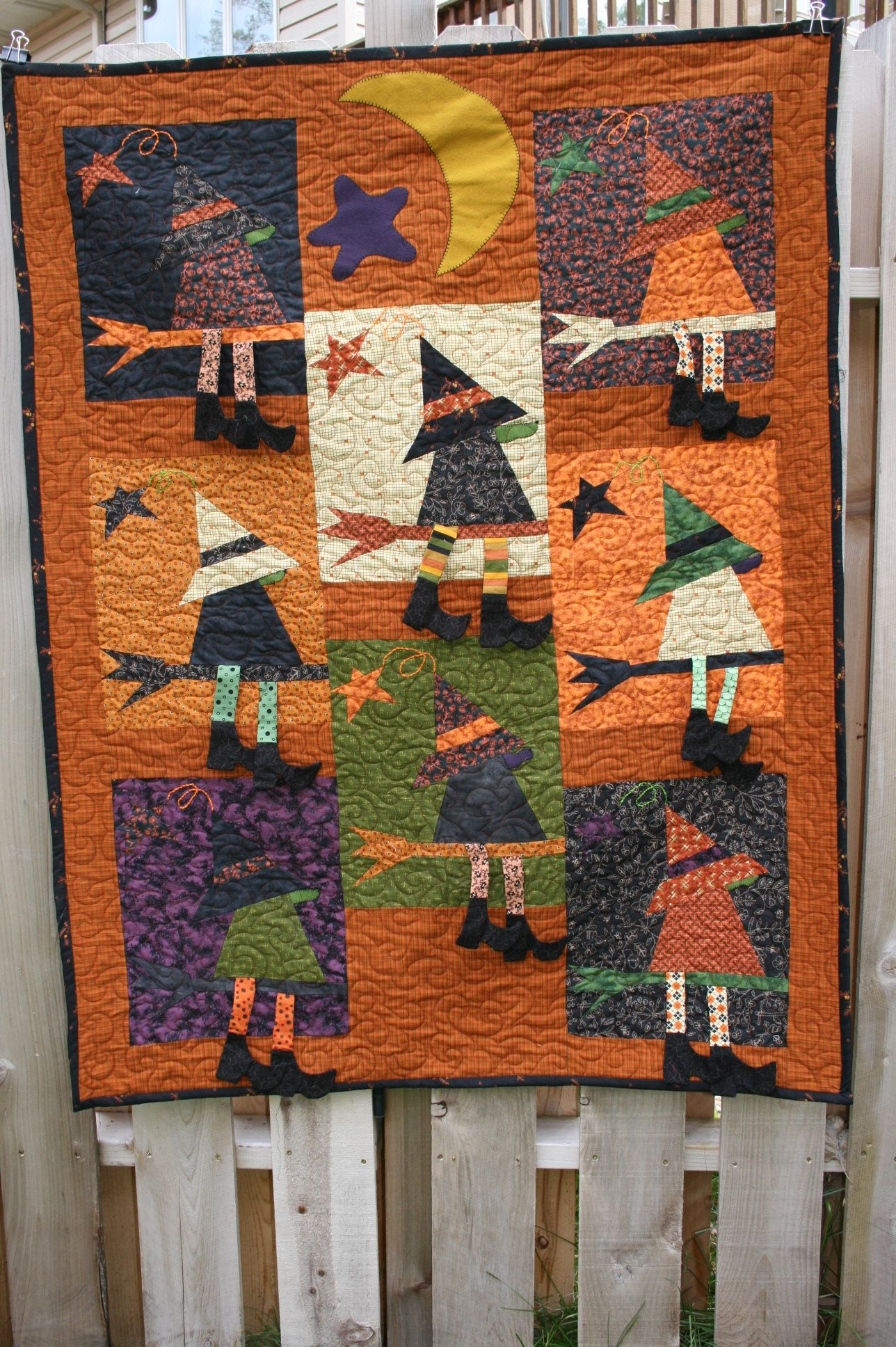Quilt Name: If the Hat Fits Pattern Book: Frightfully Crazy from ... : barn quilts book - Adamdwight.com