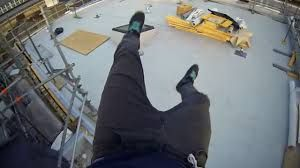 vertige fear of heights vide rooftoping