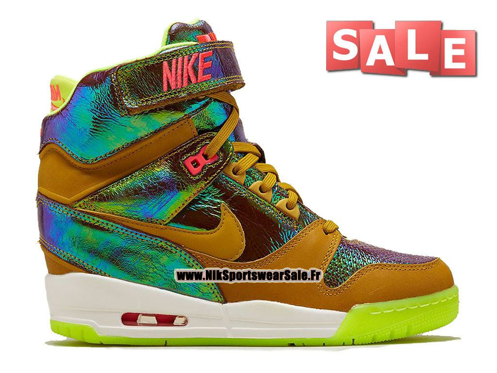 Nike Air Revolution Sky Hi Premium QS - Chaussure Montante Nike Pas Cher  Pour Femme Bronze 8ce59cf15c51