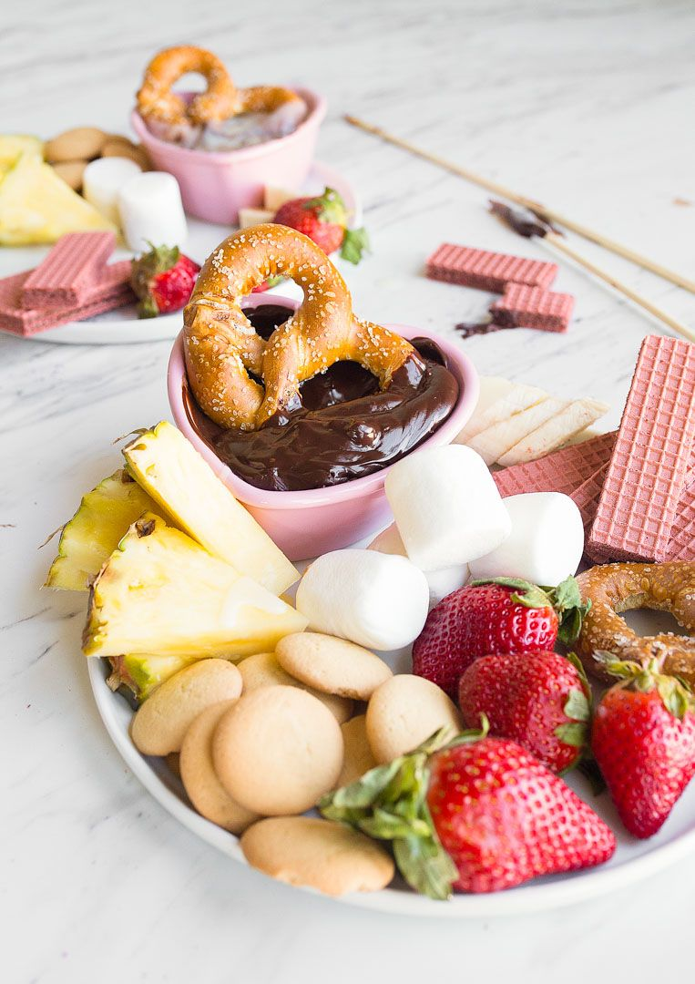Easy Chocolate Fondue For Two Perfect Chocolate Fondue Made With Just Two Ingredients Perfect Valent Romantic Desserts Dessert For Two Fancy Desserts Recipes