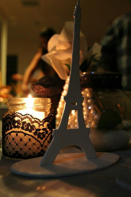 Center piece: candle jar, black lace, white rose, pearls and of course eiffel tour! Night in Paris ♡