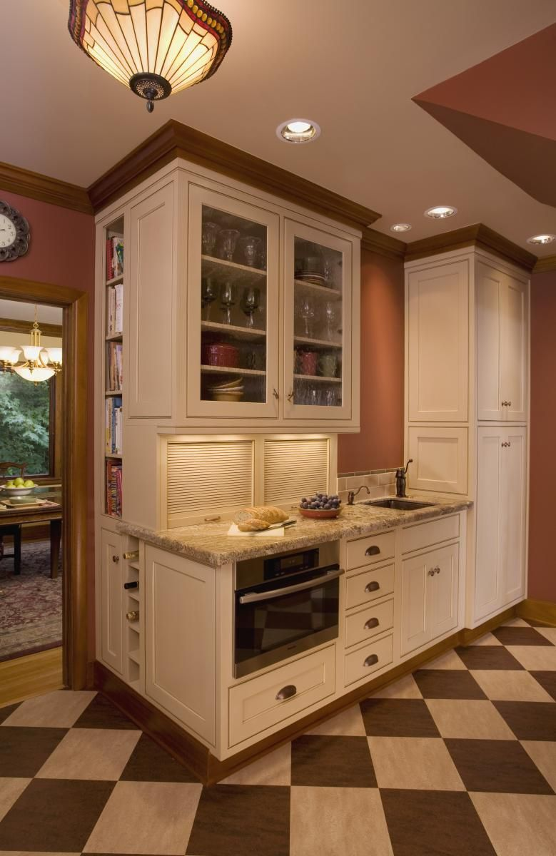 Love the glass cabinets at top and especially the built in on the ...