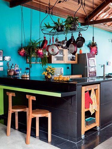 cuisine ouverte peinture bleu turquoise tendance | bleu turquoise