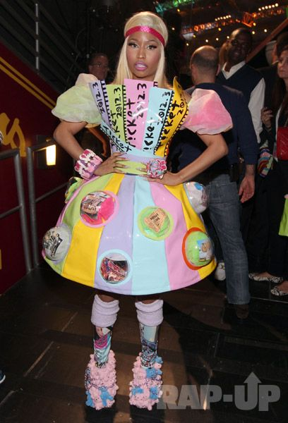 Nicki Minaj How Do You Feel  Celebrity Red Carpet -8123