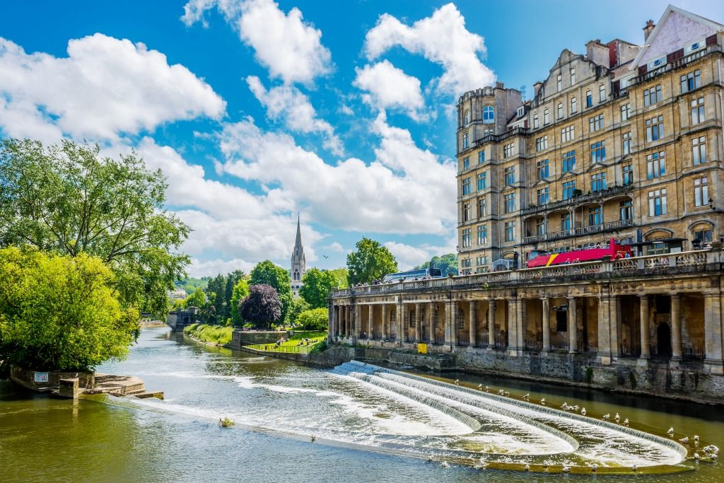 Pulteney Bridge in Bath, England jigsaw puzzle | Tourist ...