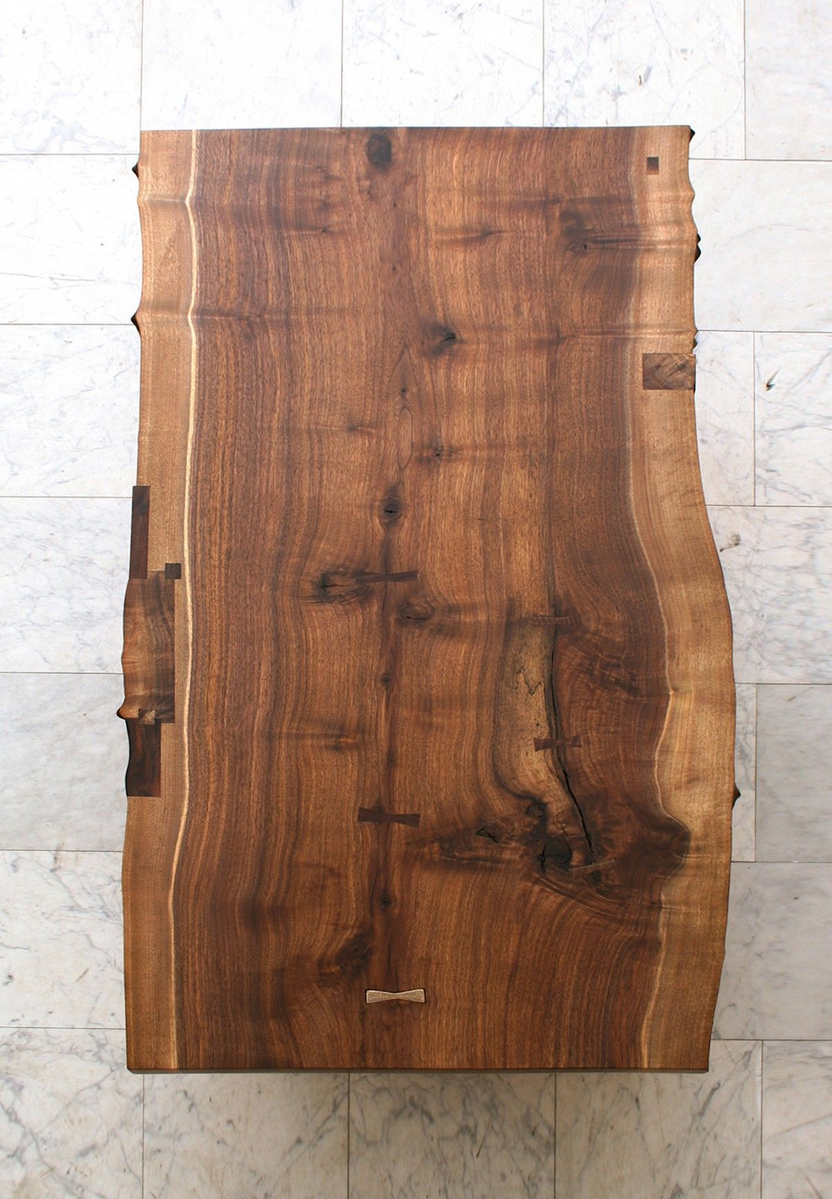 Beau Top View Of A Wooden Slab For A Coffee Table