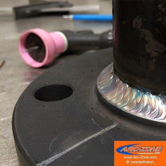 #TIGTuesday Action from @_twistedfusion_ Arc-Zones #MonsterNozzle delivers a large umbrella of shielding gas for consistent improved TIG weld-quality and reduced post-weld clean up caused by oxidation and weld discoloration. Its a low-cost high-value solution for maintaining consistent quality welds on stainless steel titanium and other alloys.  #ArcZone #TIGWelding #WeldLikeAPro #largeumbrella #TIGTuesday Action from @_twistedfusion_ Arc-Zones #MonsterNozzle delivers a large umbrella of shieldi #largeumbrella