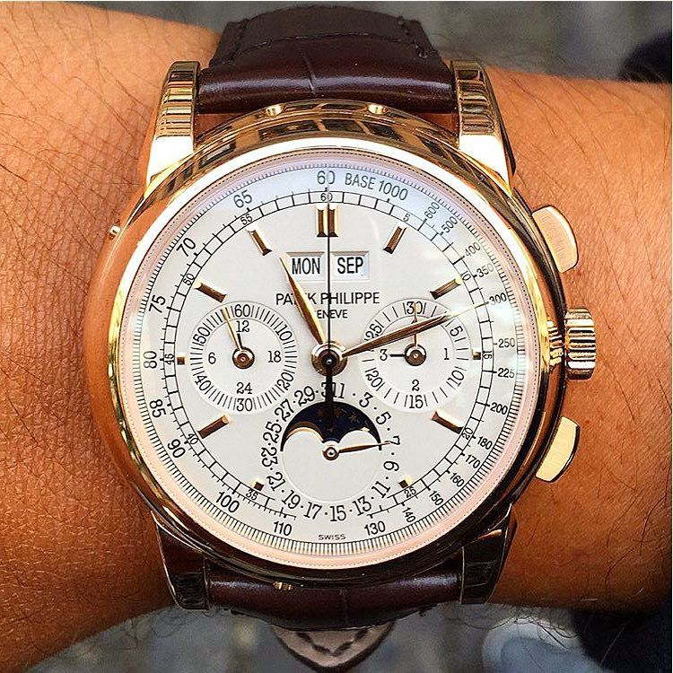 """""Grand Complications""  Stunning Patek Philippe #GrandComplications, tachymeter scale, silver dial, #Chronograph, tripledate, moonphase, leapyear…"""
