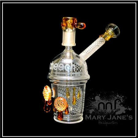 "CHEECH 8""SANDBLAST HONEYCUP OIL RIG By Cheech Glass http://www.maryjaneshq.com/collections/water-pipes/products/cheech-8-sandblast-honeycup-oil-rig"