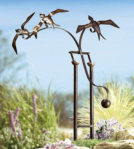 Garden Art Sculpture: Bird Balance Sculpture